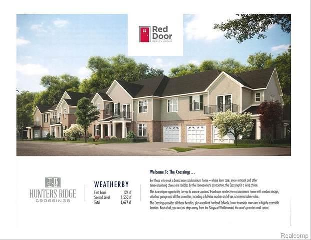 9884 Ridge Run St Unit#40-Bldg#4, Howell, MI 48855 (MLS #2210043156) :: The BRAND Real Estate