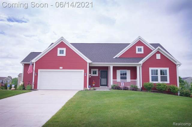 4299 Pebble Creek Blvd, Grand Blanc, MI 48439 (MLS #2210043578) :: The BRAND Real Estate