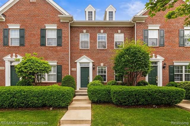 21509 Garrison St, Dearborn, MI 48124 (MLS #2210044824) :: The BRAND Real Estate