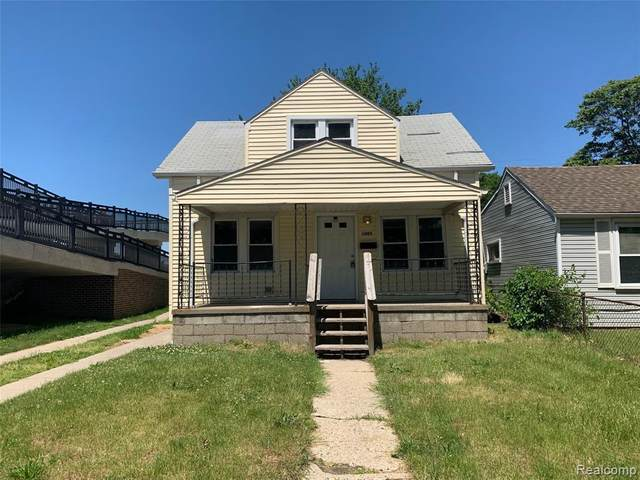 1005 E Bernhard Ave, Hazel Park, MI 48030 (MLS #2210043761) :: Kelder Real Estate Group