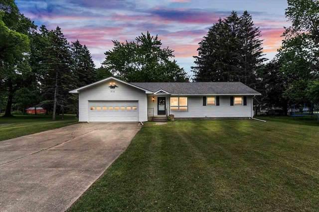 711 Fernwood, Jackson, MI 49203 (MLS #202101772) :: The BRAND Real Estate