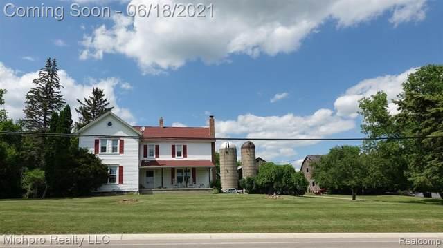 4878 Columbiaville Rd, Columbiaville, MI 48421 (MLS #2210044929) :: Kelder Real Estate Group