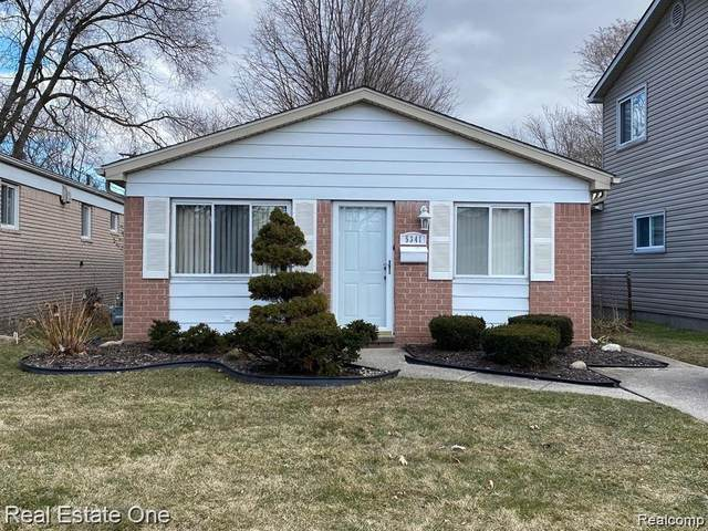 5341 Jackson St, Dearborn Heights, MI 48125 (MLS #2210046180) :: Kelder Real Estate Group