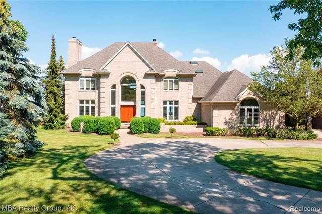 26143 E River Rd, Grosse Ile, MI 48138 (MLS #2210046340) :: Kelder Real Estate Group