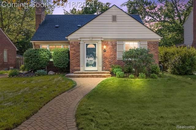 2227 Elmhurst Ave, Royal Oak, MI 48073 (MLS #2210046385) :: Kelder Real Estate Group