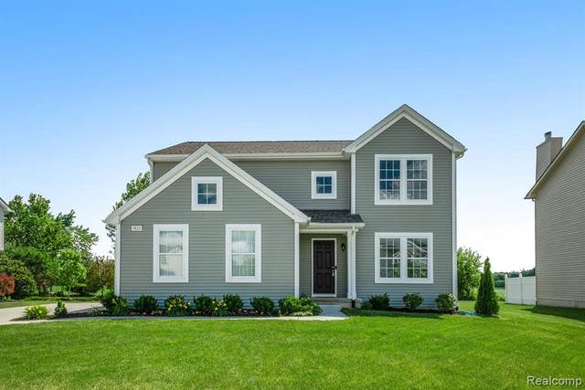 9133 Chambord Dr, Ypsilanti, MI 48197 (MLS #2210041035) :: Kelder Real Estate Group