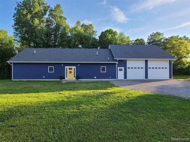 2700 Parmenter Rd, Corunna, MI 48817 (MLS #2210047898) :: Kelder Real Estate Group