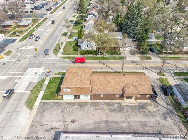 22882 Orchard Lake Road Rd, Farmington, MI 48336 (MLS #2210050001) :: Kelder Real Estate Group