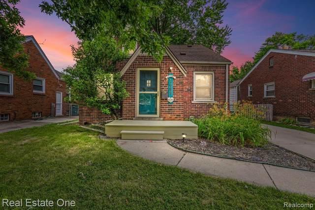 1085 Highland Ave, Lincoln Park, MI 48146 (MLS #2210050100) :: Kelder Real Estate Group