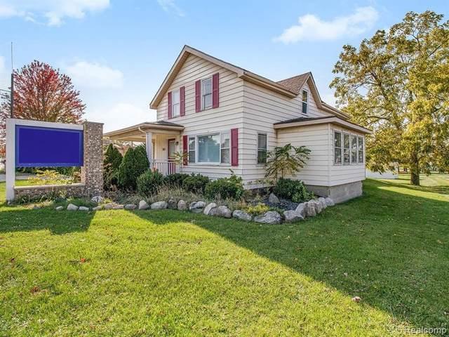 962 S Main St, Lapeer, MI 48446 (MLS #2210051722) :: Kelder Real Estate Group