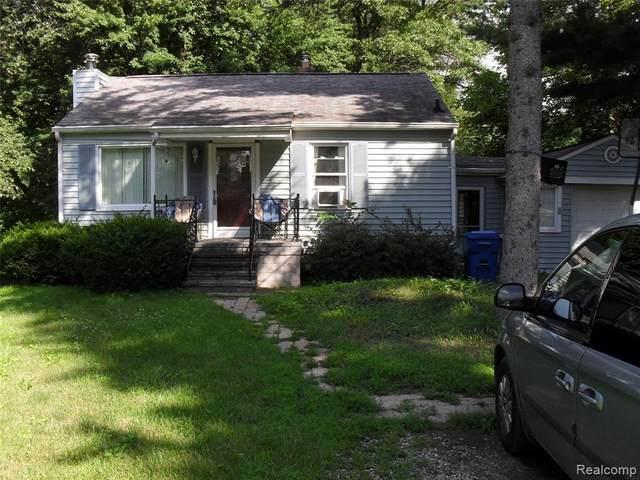 5440 Hanley, Waterford, MI 48327 (MLS #2210051959) :: Kelder Real Estate Group