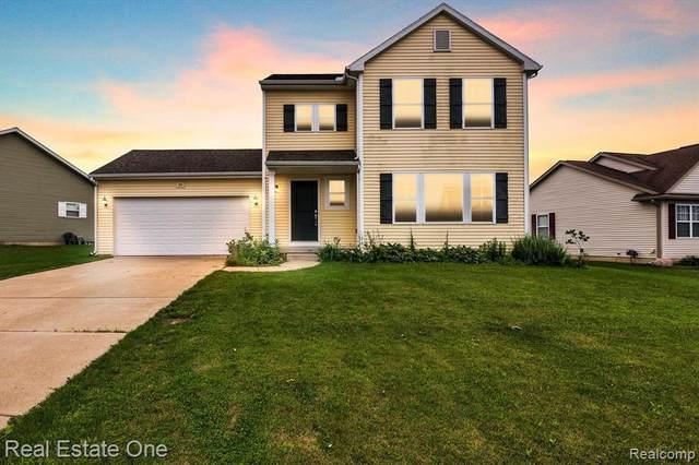 288 Cimarron Dr, Howell, MI 48855 (MLS #2210052006) :: Kelder Real Estate Group