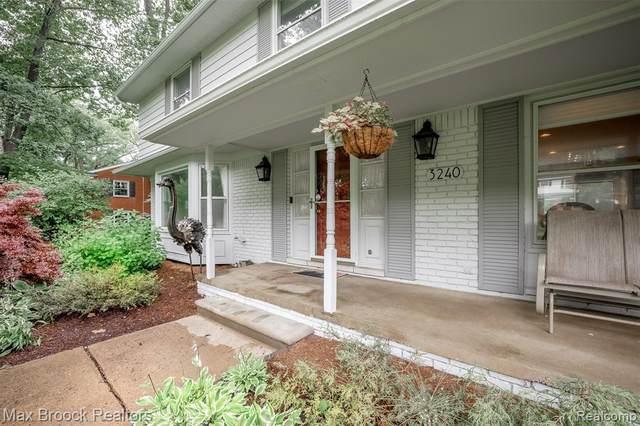 3240 Hartslock Woods Dr, West Bloomfield, MI 48322 (MLS #2210052072) :: Kelder Real Estate Group