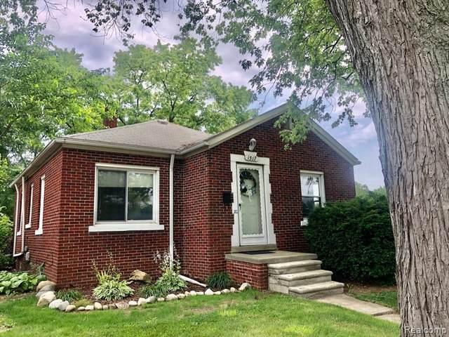 1517 S Campbell Rd, Royal Oak, MI 48067 (MLS #2210052903) :: Kelder Real Estate Group