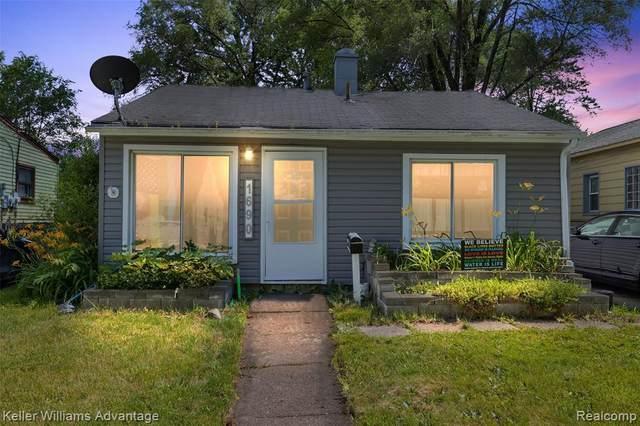 1690 Academy St, Ferndale, MI 48220 (MLS #2210053453) :: Kelder Real Estate Group