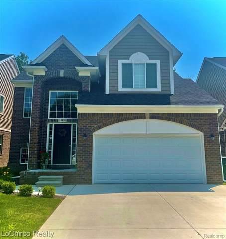 13838 Grandeur Ave, Shelby Twp, MI 48315 (MLS #2210053538) :: Kelder Real Estate Group