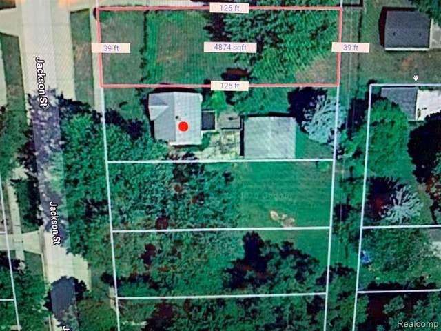4671 Jackson St, Dearborn Heights, MI 48125 (MLS #2210053167) :: Kelder Real Estate Group