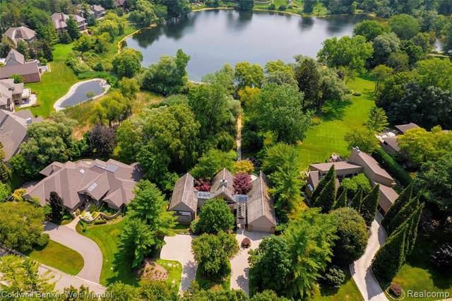 4783 W Wickford, Bloomfield Twp, MI 48302 (MLS #2210053018) :: Kelder Real Estate Group