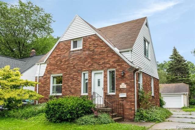 425 S Edgeworth Ave, Royal Oak, MI 48067 (MLS #2210054202) :: Kelder Real Estate Group