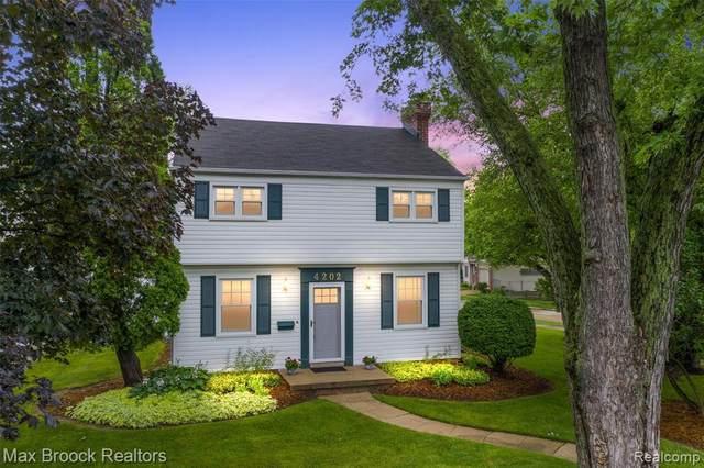 4202 Cooper Ave, Royal Oak, MI 48073 (MLS #2210054296) :: Kelder Real Estate Group
