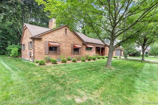 3625 Brewster St, Dearborn, MI 48120 (MLS #2210054088) :: Kelder Real Estate Group