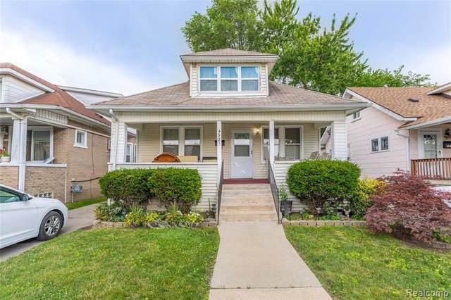 4921 Orchard Ave, Dearborn, MI 48126 (MLS #2210053418) :: Kelder Real Estate Group