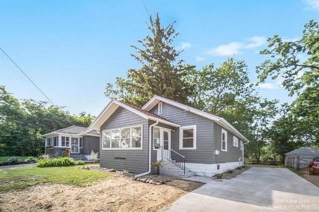 235 E Prospect St, Jackson, MI 49203 (MLS #3282418) :: Kelder Real Estate Group