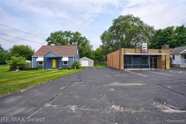 5317 Lapeer Rd, Burton, MI 48509 (MLS #2210054138) :: Kelder Real Estate Group