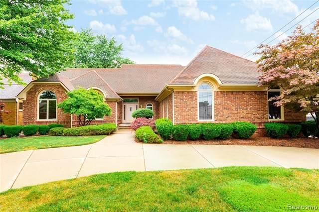 2727 Rutledge St, Trenton, MI 48183 (MLS #2210054709) :: Kelder Real Estate Group