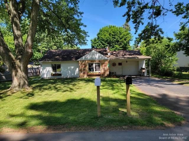805 Bryant Ave, Jackson, MI 49202 (MLS #3282605) :: Kelder Real Estate Group