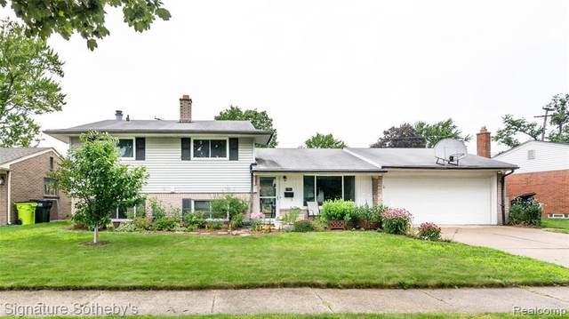 8743 Leslie Dr, Sterling Heights, MI 48314 (MLS #2210055527) :: Kelder Real Estate Group