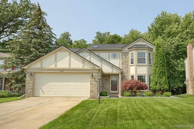 43314 Silverwood Dr, Canton, MI 48188 (MLS #2210056770) :: Kelder Real Estate Group