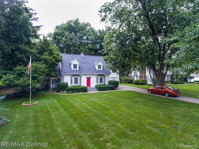 221 Lincoln St, Lapeer, MI 48446 (MLS #2210057001) :: Kelder Real Estate Group