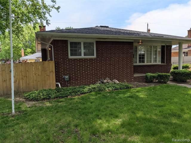 24620 Wood St, Saint Clair Shores, MI 48080 (MLS #2210057500) :: Kelder Real Estate Group