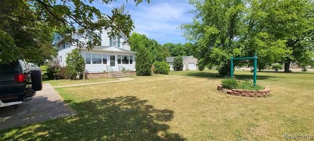 8871 Unionville Rd, Sebewaing, MI 48759 (MLS #2210058372) :: Kelder Real Estate Group