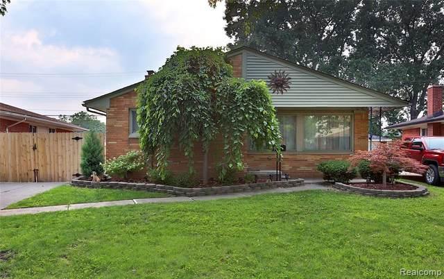 24609 Wood St, Saint Clair Shores, MI 48080 (MLS #2210058531) :: Kelder Real Estate Group