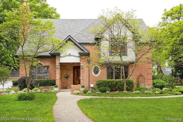 483 Suffield Ave, Birmingham, MI 48009 (MLS #2210058783) :: Kelder Real Estate Group