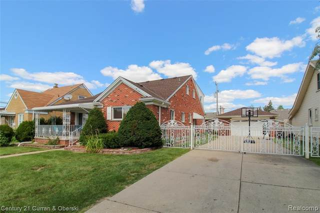 5272 Chase Rd, Dearborn, MI 48126 (MLS #2210058706) :: Kelder Real Estate Group