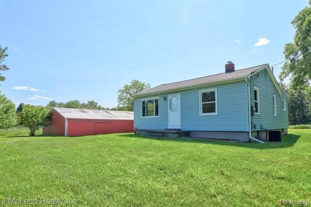 13181 N State Rd, Otisville, MI 48463 (MLS #2210059385) :: The BRAND Real Estate