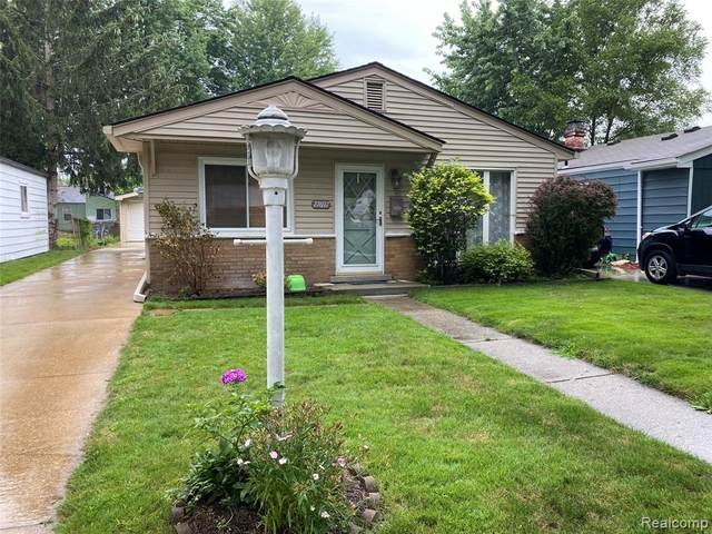 27697 Barrington St, Madison Heights, MI 48071 (MLS #2210059326) :: The BRAND Real Estate