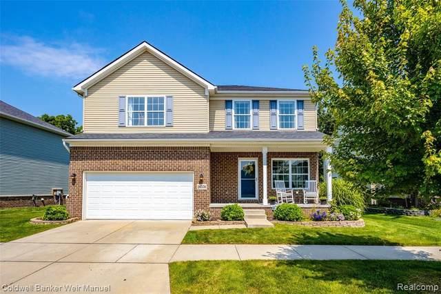 26576 Elk Run E, New Hudson, MI 48165 (MLS #2210058499) :: The BRAND Real Estate