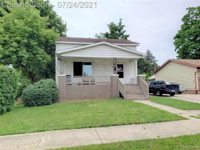 26351 Oakland St, Roseville, MI 48066 (MLS #2210059418) :: The BRAND Real Estate