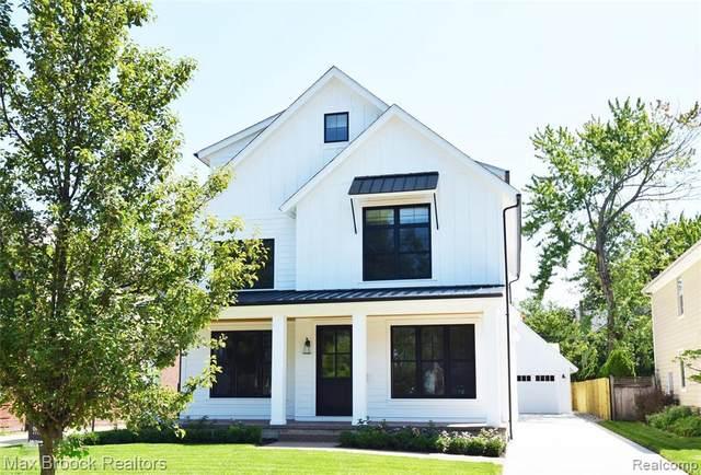1479 Stanley Blvd, Birmingham, MI 48009 (MLS #2210058244) :: Kelder Real Estate Group