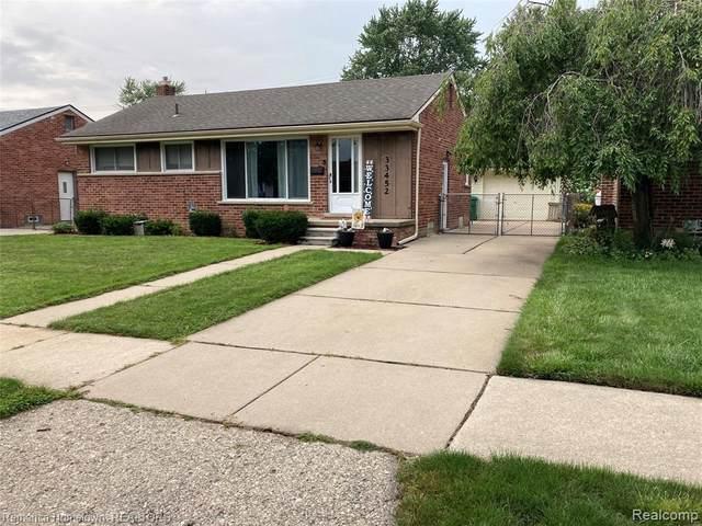 33452 Florence St, Garden City, MI 48135 (MLS #2210059629) :: Kelder Real Estate Group