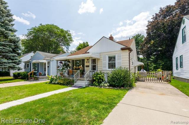 414 Dewey St, Royal Oak, MI 48067 (MLS #2210057394) :: Kelder Real Estate Group