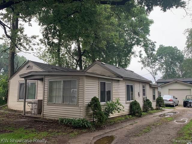 9001 Ashdown Ave, White Lake, MI 48386 (MLS #2210059775) :: Kelder Real Estate Group