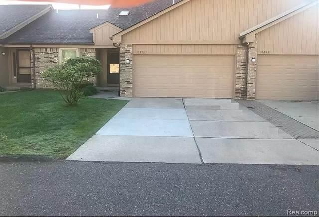 2315 Heritage Pointe Dr, Sterling Heights, MI 48314 (MLS #2210060170) :: Kelder Real Estate Group