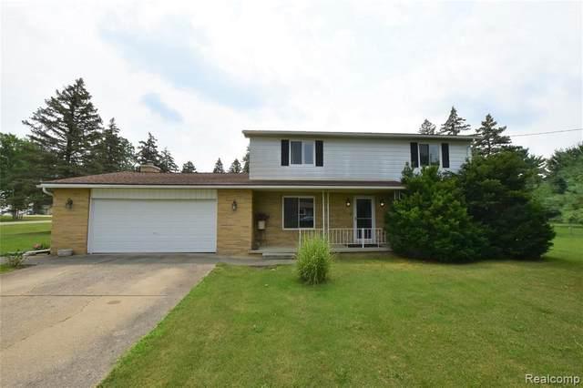 5256 Ottawa St, Burton, MI 48509 (MLS #2210060110) :: Kelder Real Estate Group