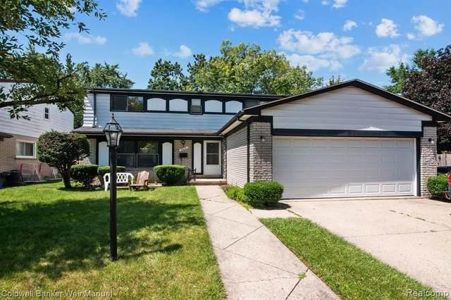 26131 Stratford Plc, Oak Park, MI 48237 (MLS #2210060326) :: Kelder Real Estate Group