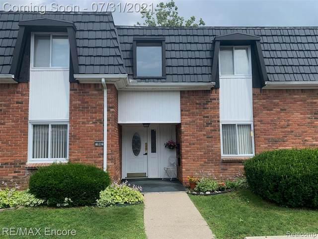 1842 Colonial Village Way Apt 1, Waterford, MI 48328 (MLS #2210055902) :: Kelder Real Estate Group